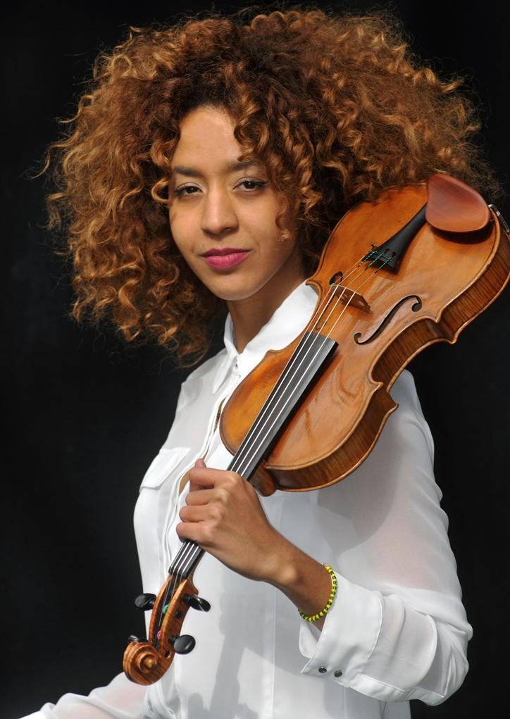 Yilian-Canizarès-1